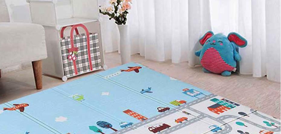 بهترین پوشش برای کف اتاق کودک؛ موکت بخریم یا فرش؟