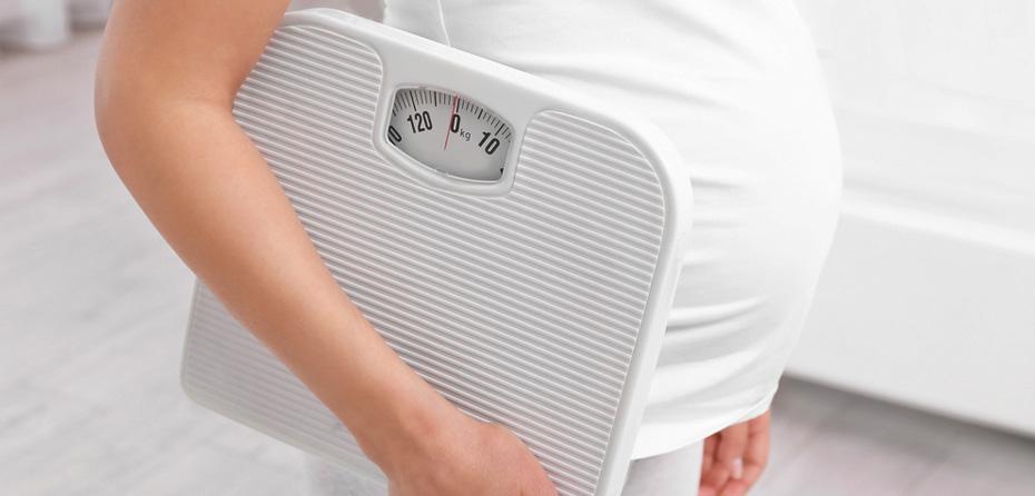 چرا من در دوران بارداری خیلی سریع وزن اضافه میکنم؟